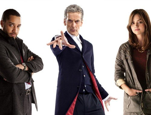 Il Dottore con Danny Pink e Clara.