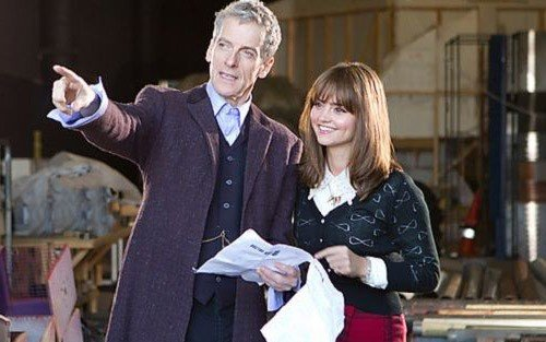Peter Capaldi e Jenna Coleman sul set.