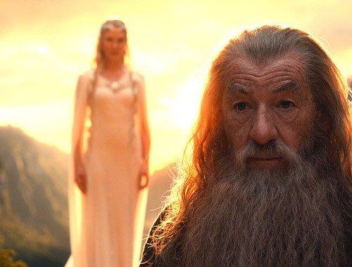 Lady Galadriel e Gandalf.